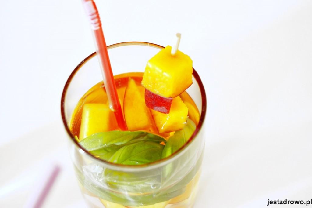 2-jestzdrowo-nawodnienie-orzeźwienie-brzoskwinia-drink