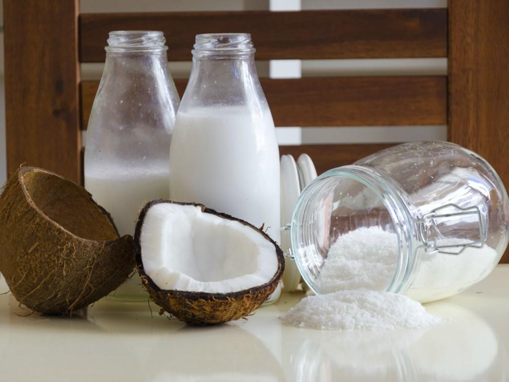 20150824-coconut-milk-shutterstock